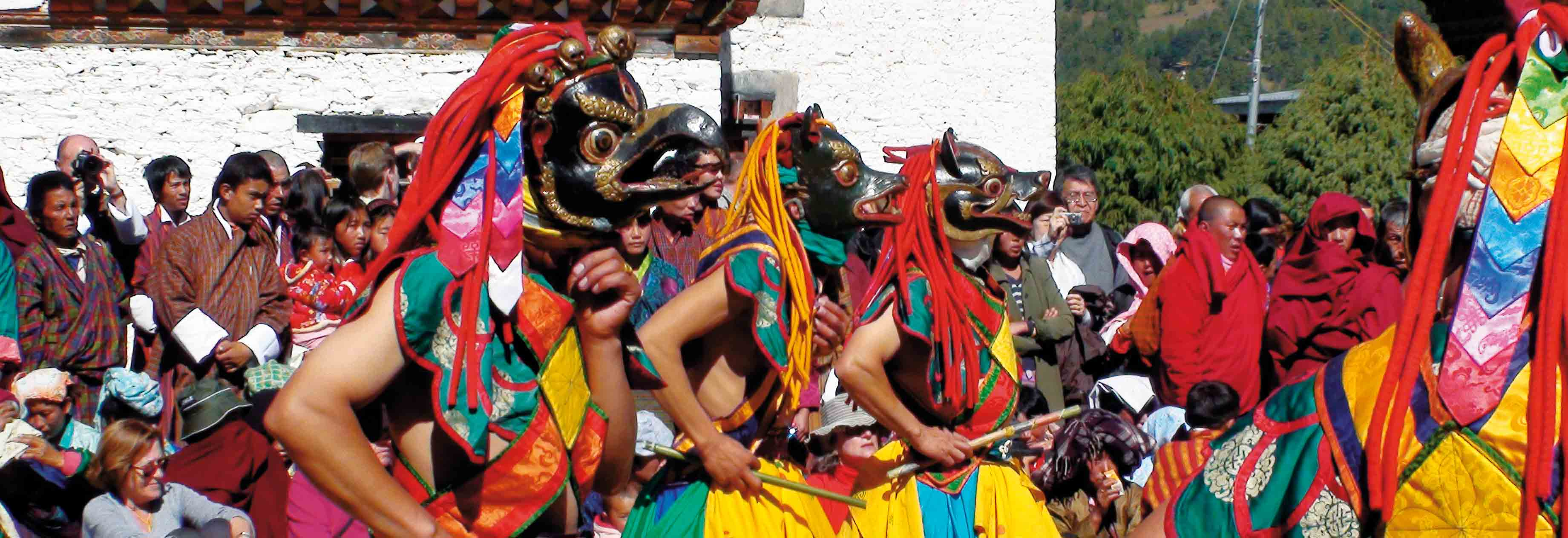 Farbenfrohe Feste in Bhutan