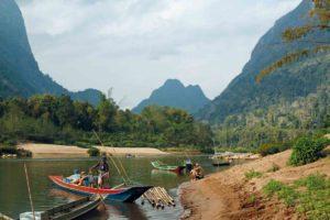 Am Mekong, oberhalb der Wasserfälle, Süd-Laos