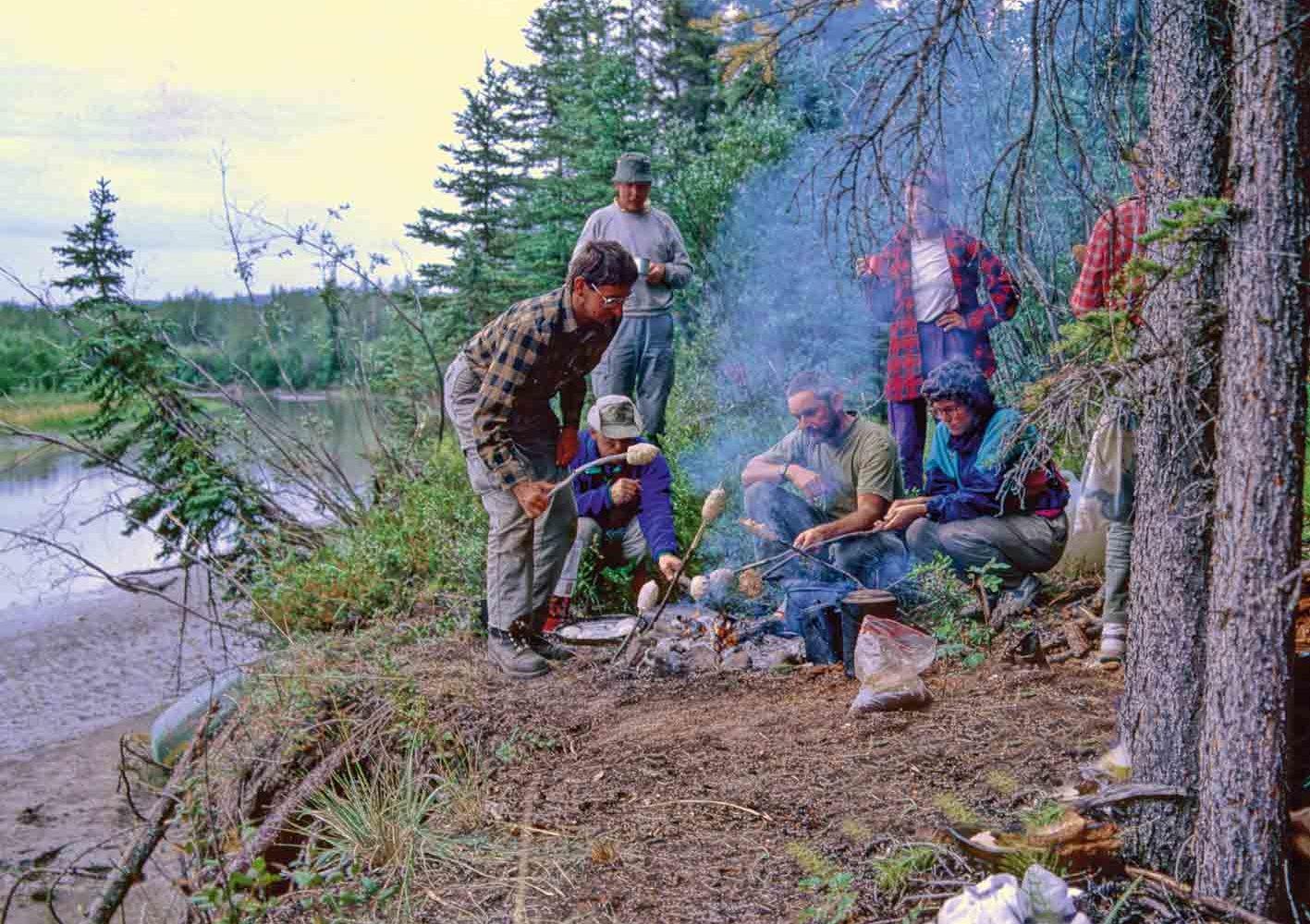 Lagerleben auf dem Yukon-Teslin-Fluss-Trekking, Kanada