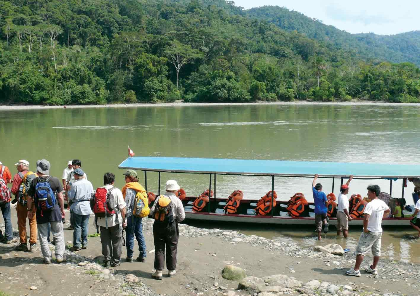 Bootsfahrten im Manú-Nationalpark, Peru