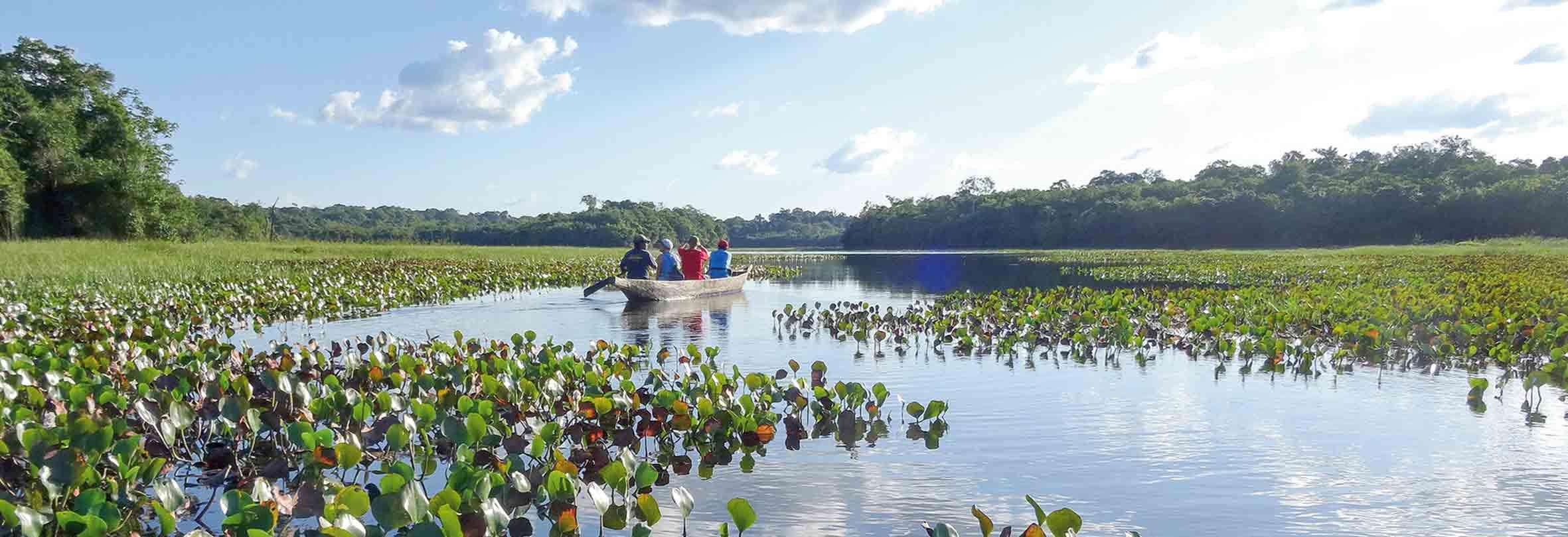 Per Kanu in Guyana unterwegs