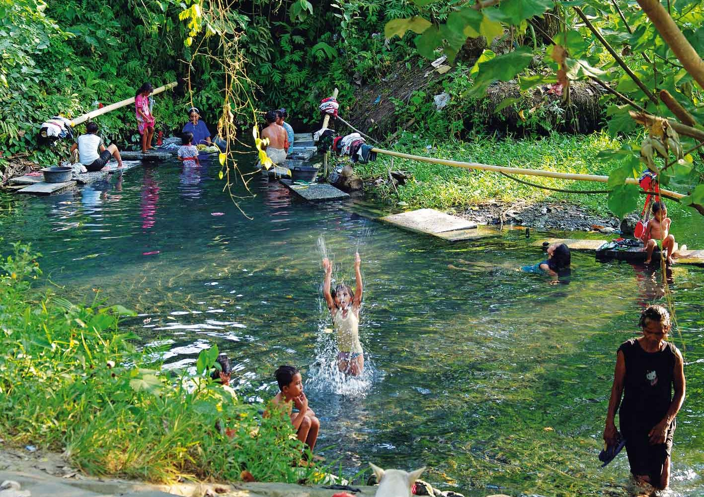 Heisse Quellen auf den Molukken, Indonesien