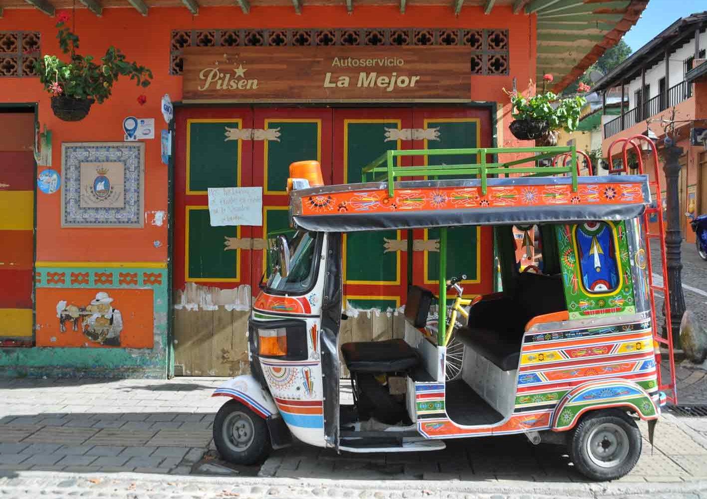 Farbige Reiseimpressionen aus Guatapé