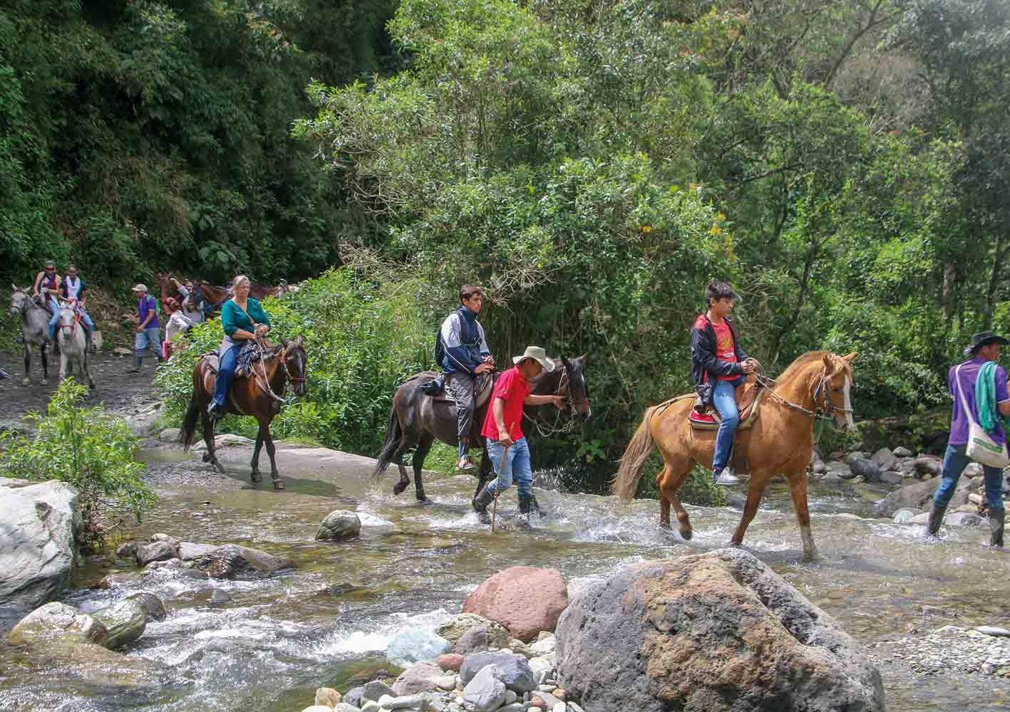Auf Wunsch per Pferd oder Jeep unterwegs in San Agustín