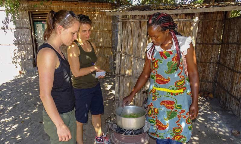 Kochkurs in Mozambique