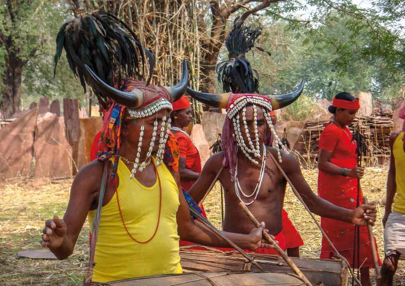Bisonhorn-Tanz der Murias, Chhattisgarh, Indien