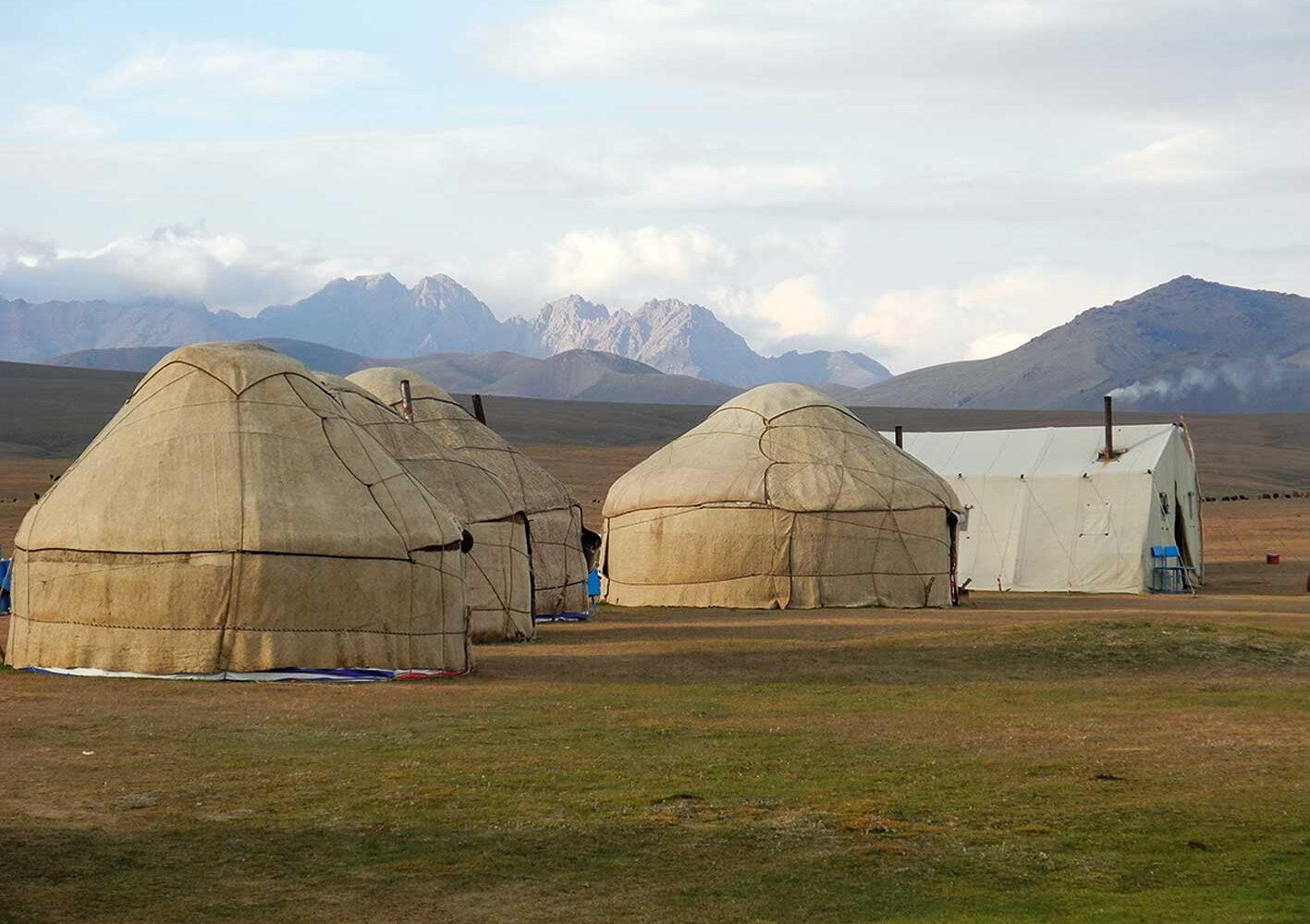 Am Son Kul-See übernachten wir in Yurten